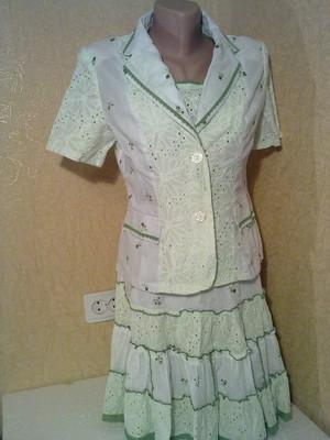 Классический женский костюм тройка с доставкой