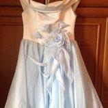 Платье очень нарядное праздничное на девочку 5-7 лет, продаю