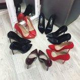 Женские туфли лодочки, разные цвета