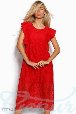 Эффектное гипюровое платье