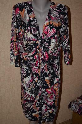 платье цветное черное с оранжевым , с розовым и желтым