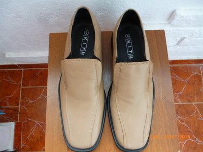 Туфли кожа р. 43 стілка 28, 5 см.