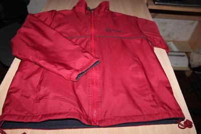 Куртка двухсторонняя, спортивная, красно/синяя, на рост 152-164.