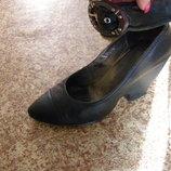 Интересные туфли,натуральная кожа, 40 р